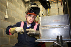 welding_andy_johnston_250.jpg